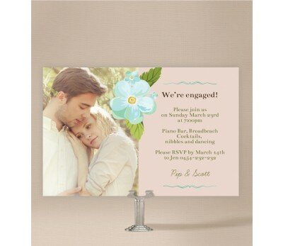 Delicate Daisy Engagement Invitations